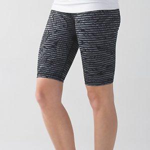 Wholesale Black Printed Yoga Pants (Short)