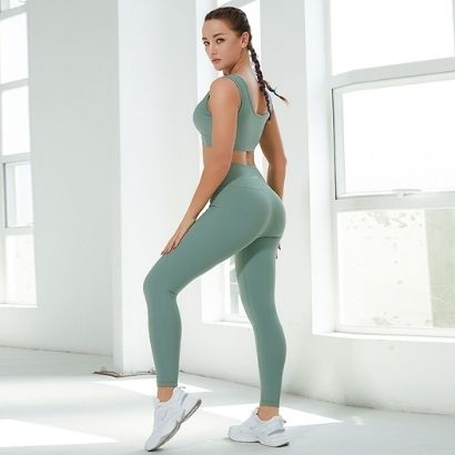 wholesale soft fabric activewear sport bra and leggings