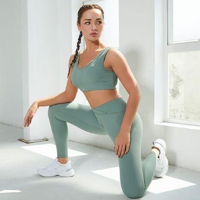soft fabric activewear sport bra and leggings manufacturer